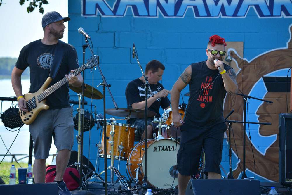 Twenty one bands rocked the docks of the Kahnawake Marina on Saturday, including Montreal punk rockers Down Memory Lane.