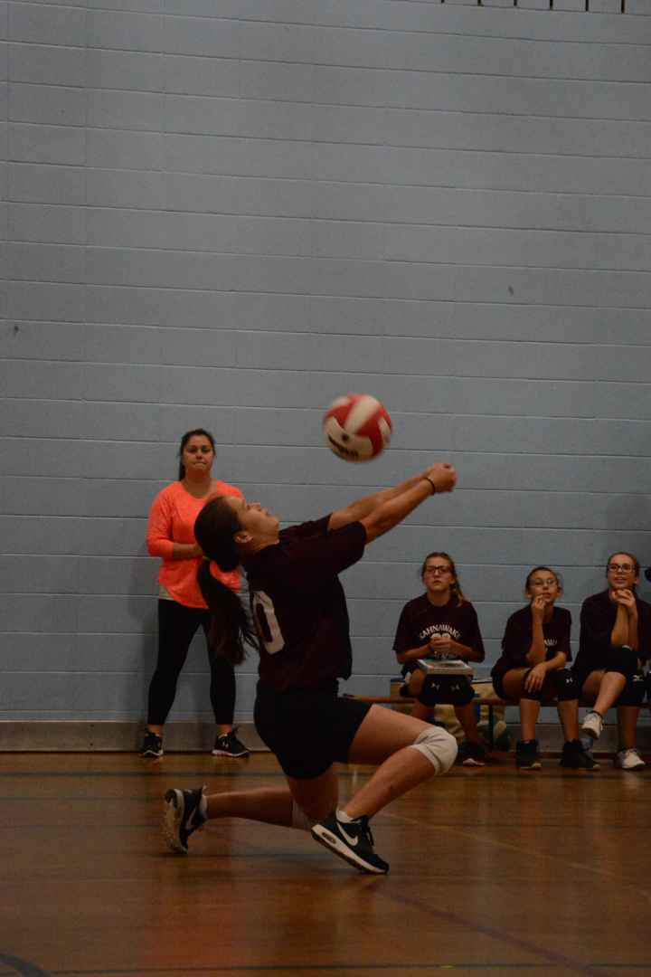 Ken'nikahontesha Norton-Montour had her first taste of team sports for Survival's volleyball team, and her passing in Wednesday's quarterfinals was superb throughout. (Daniel J. Rowe, The Eastern Door)